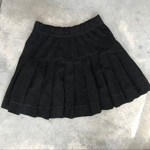 Elevenses Black Pleated Stretch Knee Length Skirt